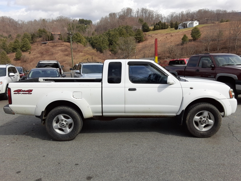 Nissan Frontier 4WD 2001 price $5,995