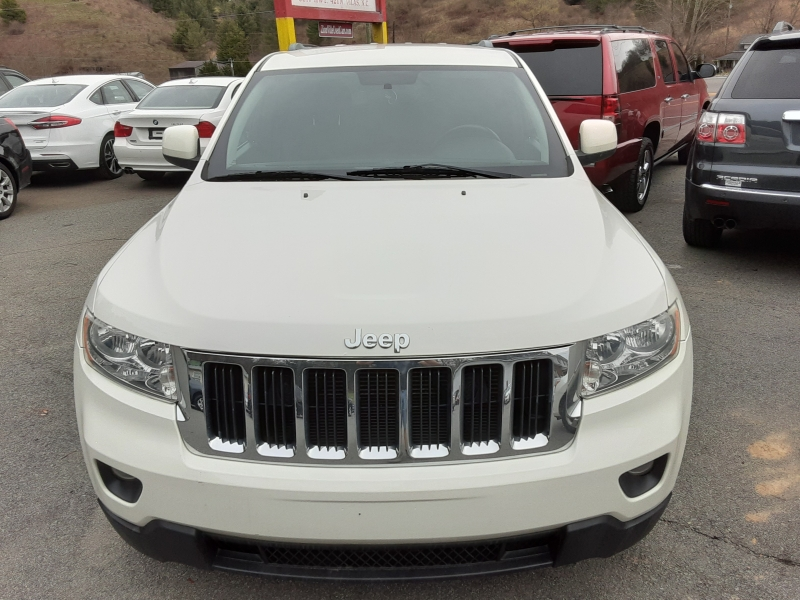 Jeep Grand Cherokee 2011 price $8,995