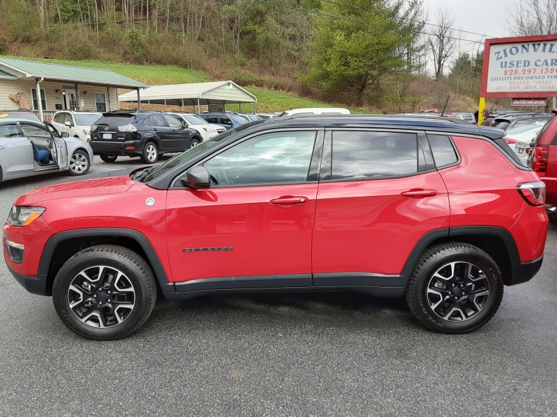 Jeep Compass 2019 price $18,995