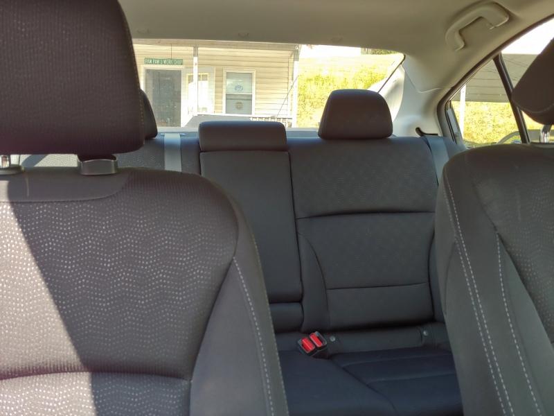 Subaru Legacy 2015 price $12,995