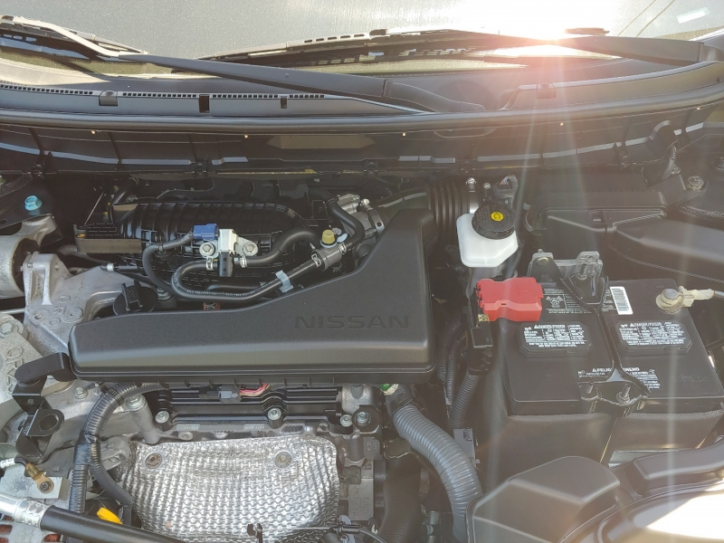 Nissan Rogue 2015 price $17,995