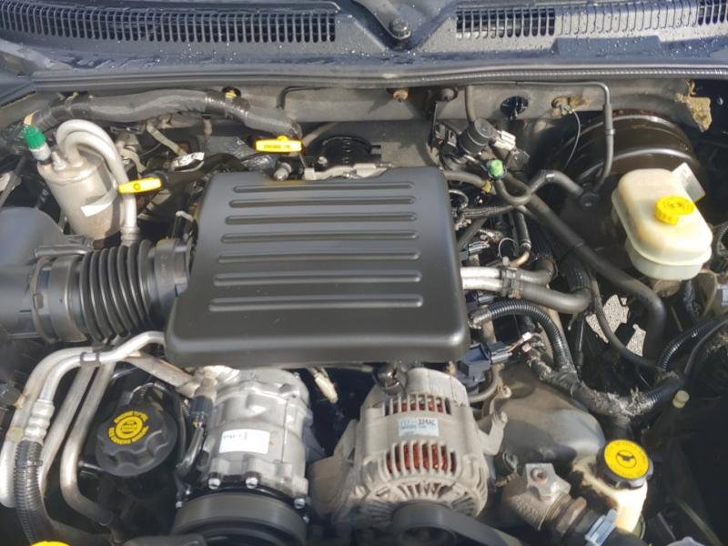 Dodge Dakota 2000 price $10,995