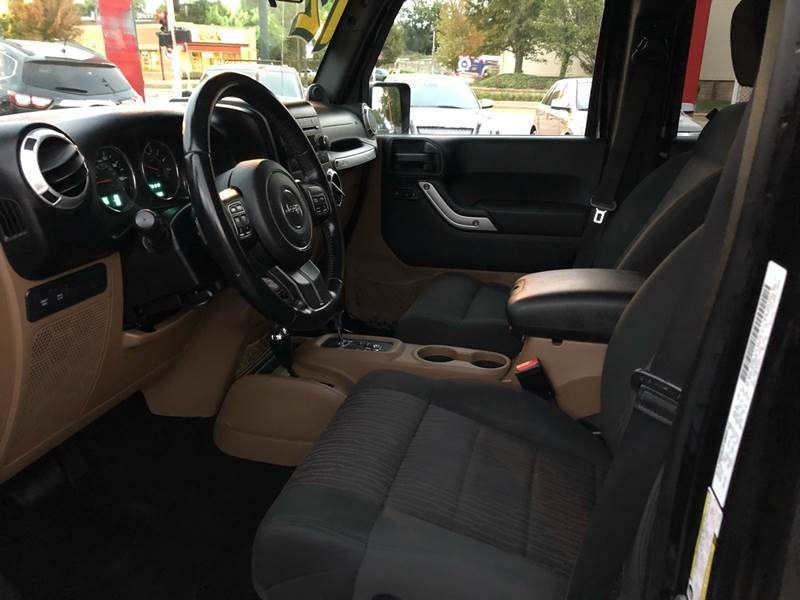 Jeep Wrangler Unlimited 2012 price $25,495