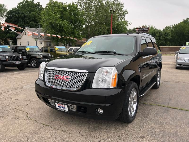 GMC Yukon 2009 price $16,995