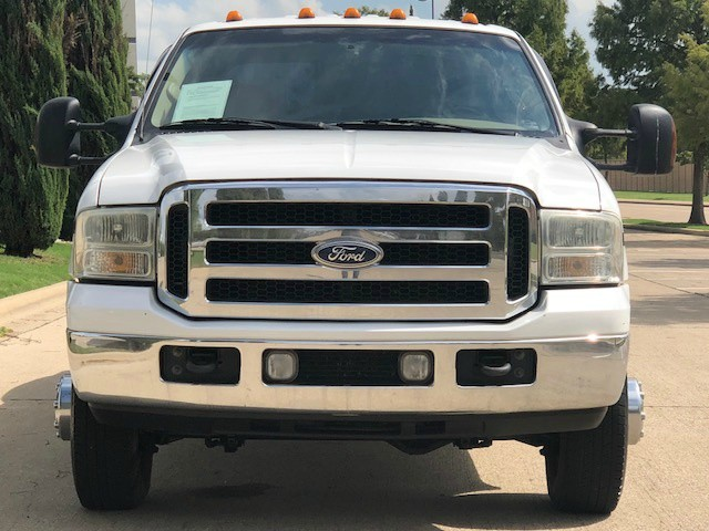 Ford Super Duty F-350 DRW 2005 price $18,988