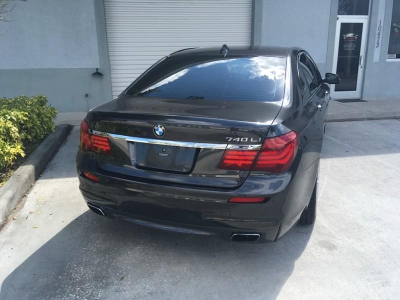 BMW 7-Series 2013 price $20,995