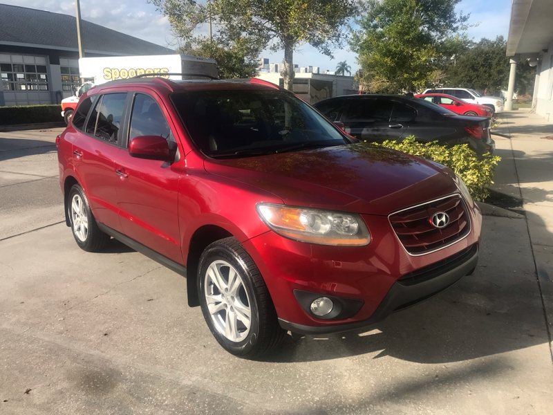 Hyundai Santa Fe 2010 price $7,895