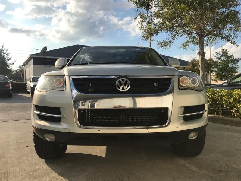 Volkswagen Touareg 2 2009 price $10,495