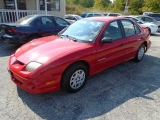 Pontiac Sunfire @750 DOWN 2001