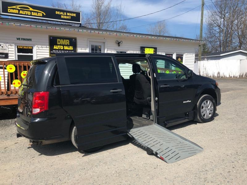 Dodge Grand Caravan 2013 price $18,893