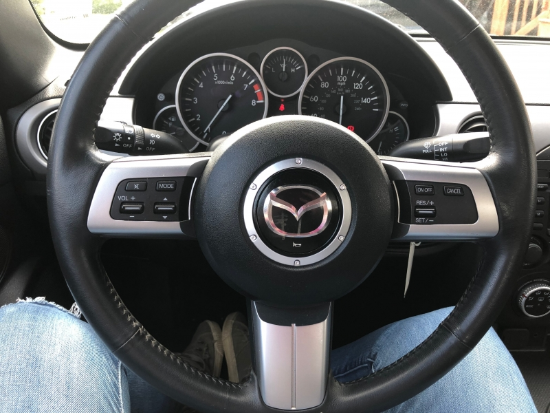 Mazda MX-5 Miata 2010 price $16,883