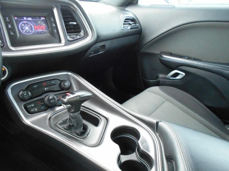 Dodge Challenger 2015 price $19,550