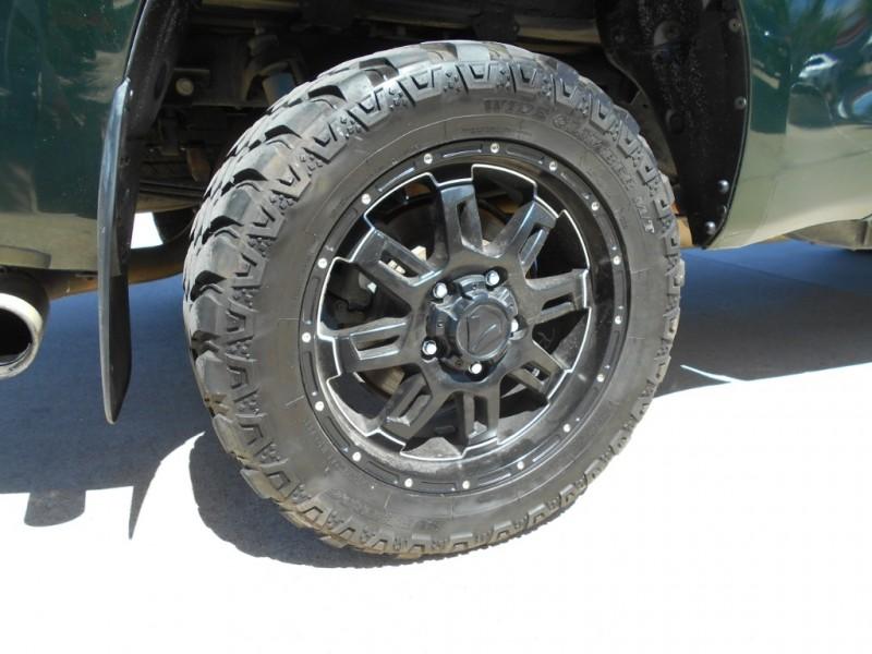 Toyota Tundra 4WD Truck 2010 price $15,995