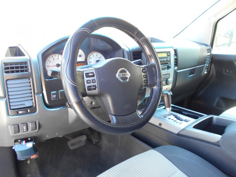 Nissan Titan 2011 price $15,995