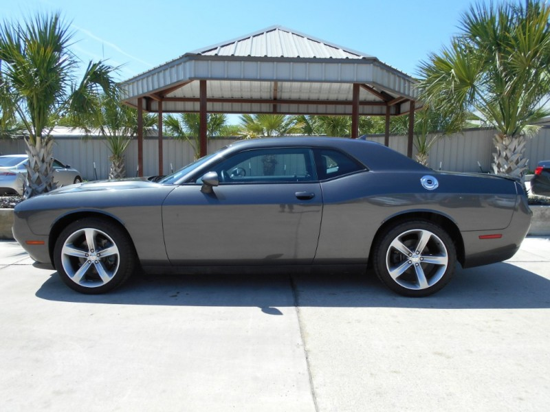 Dodge Challenger 2016 price $21,995