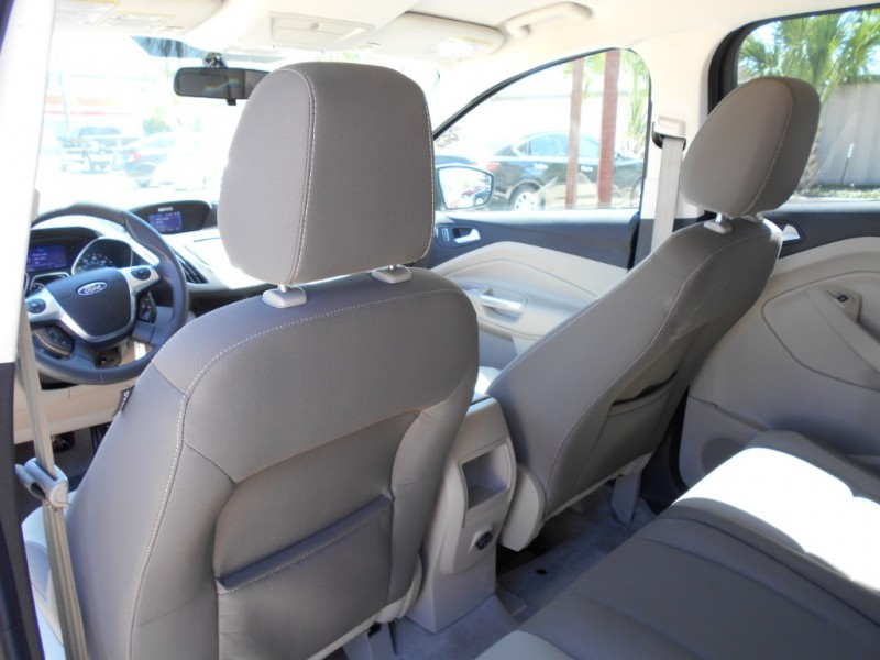 Ford Escape 2014 price $14,995