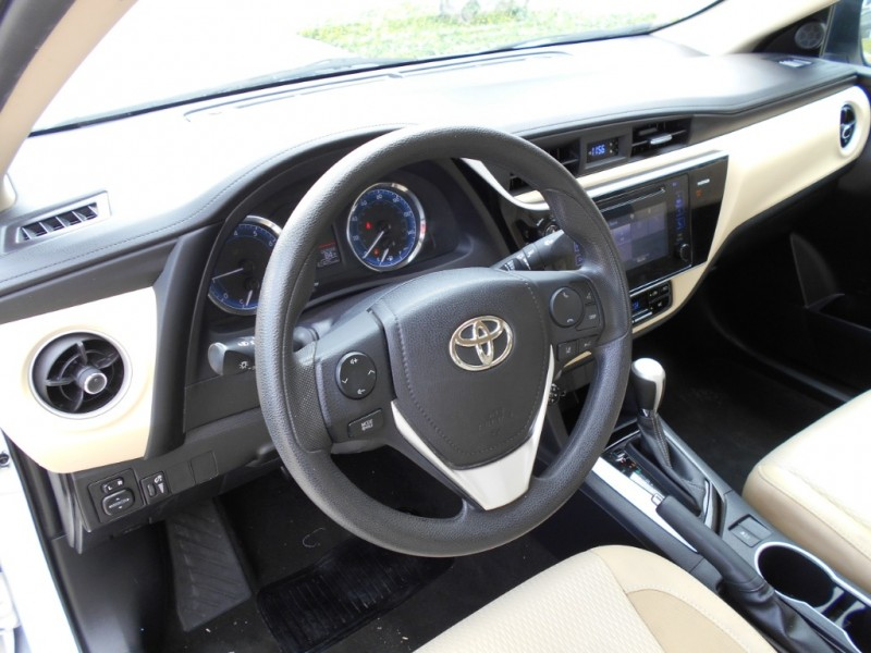 Toyota Corolla 2017 price $15,775