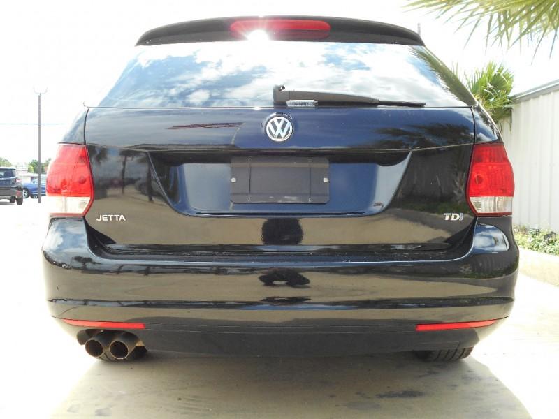 Volkswagen Jetta SportWagen 2013 price $11,995