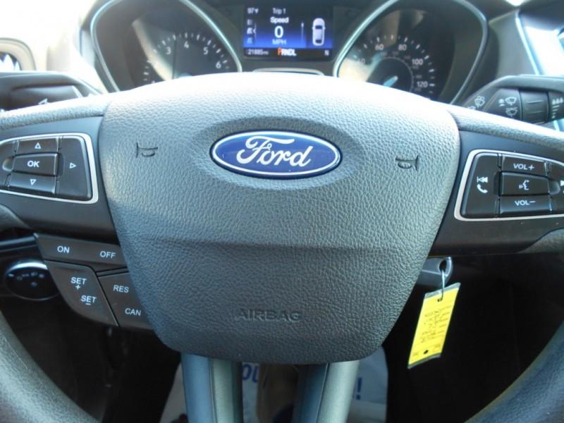 Ford Focus 2018 price $15,850