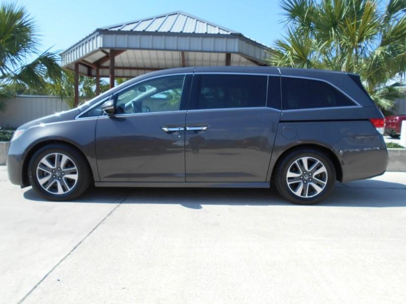Honda Odyssey 2015 price $22,995