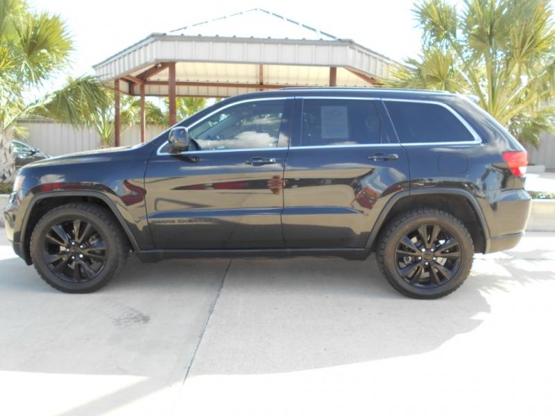 Jeep Grand Cherokee 2012 price $15,455