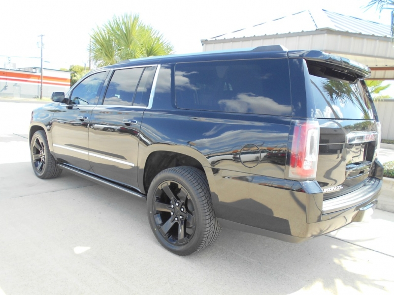 GMC Yukon XL 2015 price $34,999