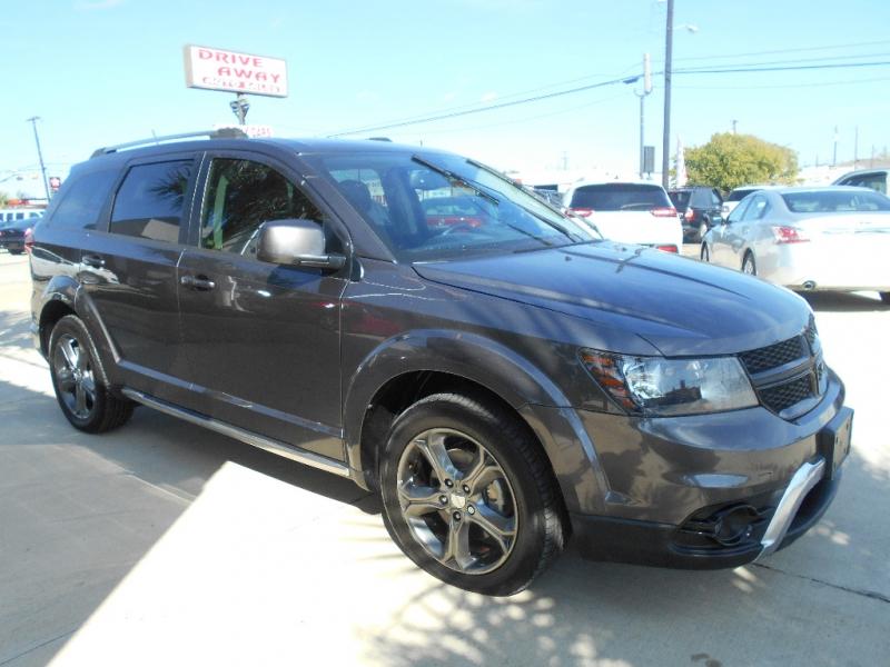 Dodge Journey 2016 price $18,999