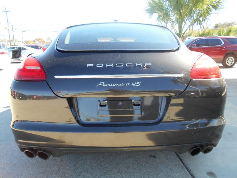Porsche Panamera 2010 price $27,550