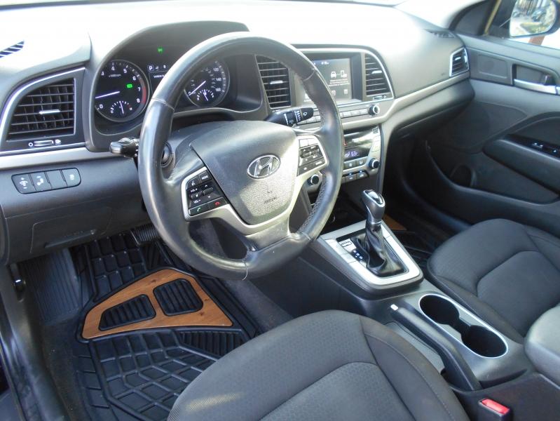 Hyundai Elantra 2018 price $16,550