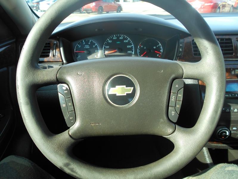 Chevrolet Impala Limited 2015 price $9,550