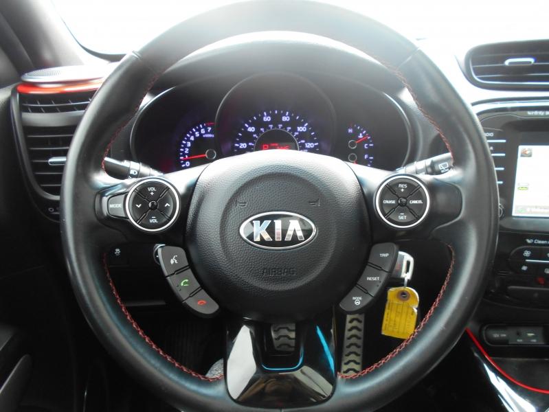Kia Soul 2015 price $12,999