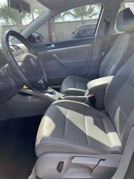 Volkswagen Jetta Sedan 2009 price $7,550