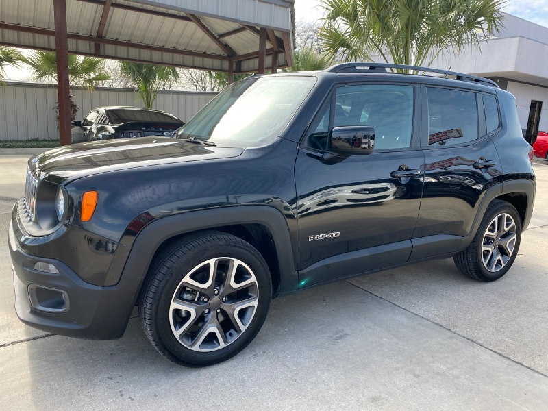 Jeep Renegade 2017 price $15,999