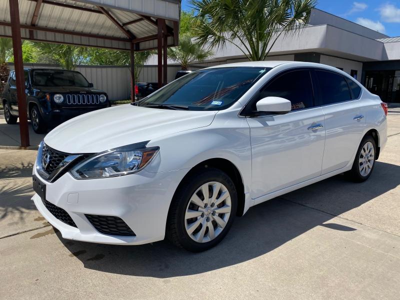 Nissan Sentra 2016 price $14,995