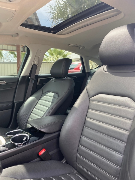 Ford Fusion 2013 price $11,999