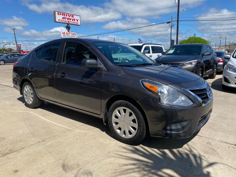 Nissan Versa 2015 price $10,550