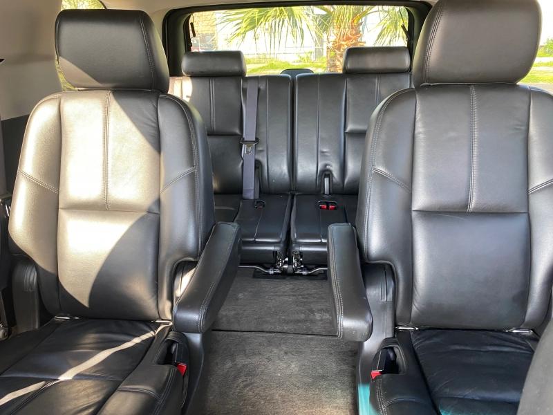 Chevrolet Tahoe 2011 price $17,850
