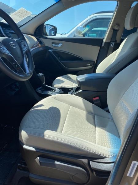 Hyundai Santa Fe Sport 2014 price $14,850