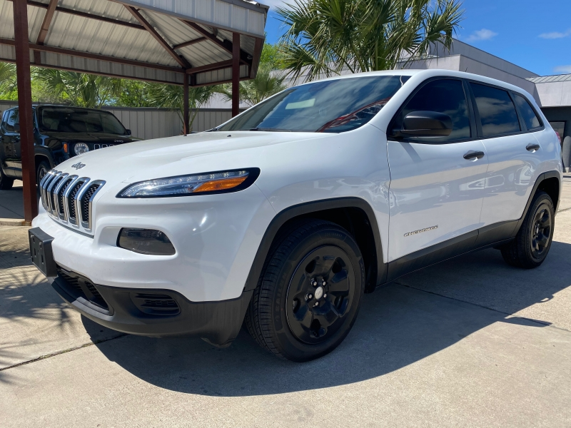 Jeep Cherokee 2016 price $15,999