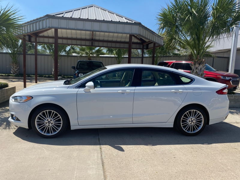 Ford Fusion 2015 price $14,999