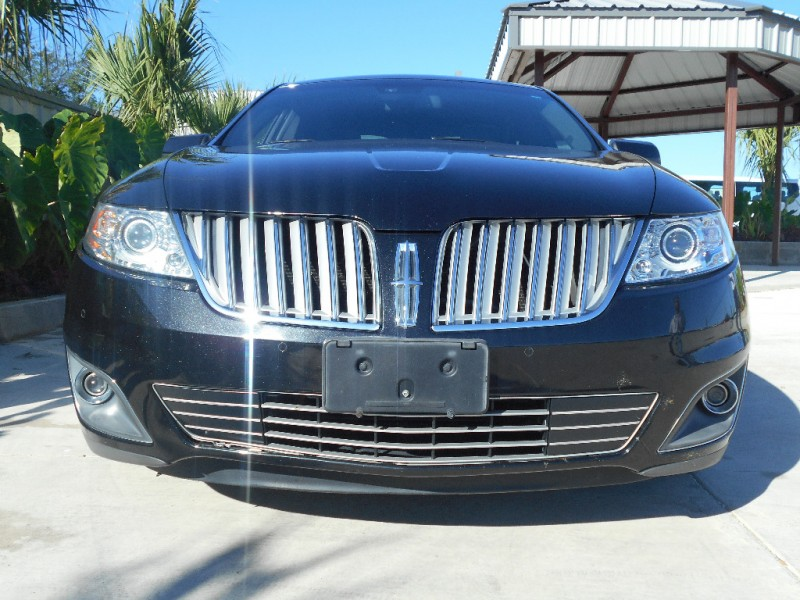 2009 lincoln mks 4dr sdn awd drive away auto sales for Drive away motors inventory