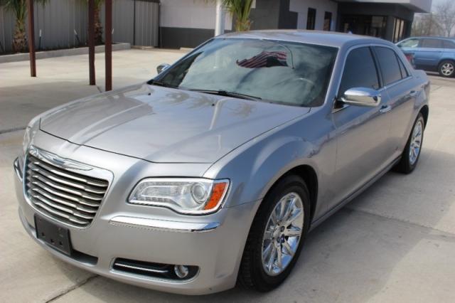 2013 Chrysler 300 4dr Sdn 300c Rwd Drive Away Auto Sales