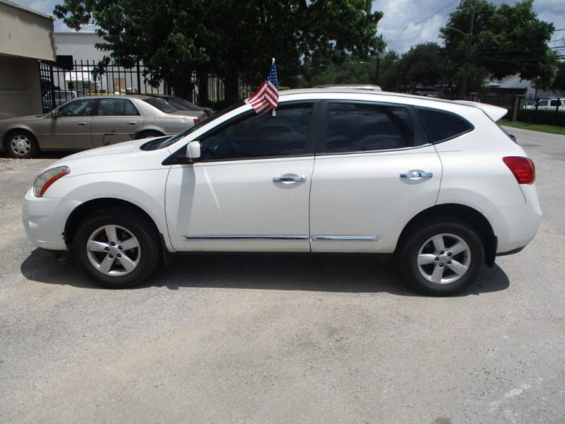 Nissan Rogue 2013 price $6,200