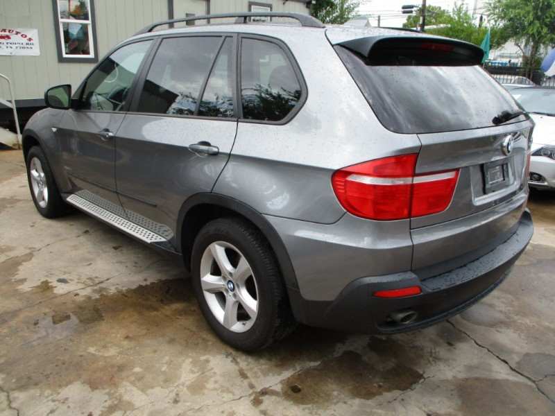 BMW X5 2010 price $6,800