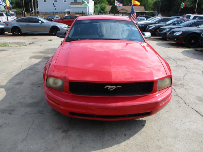 Ford Mustang 2007 price $4,500