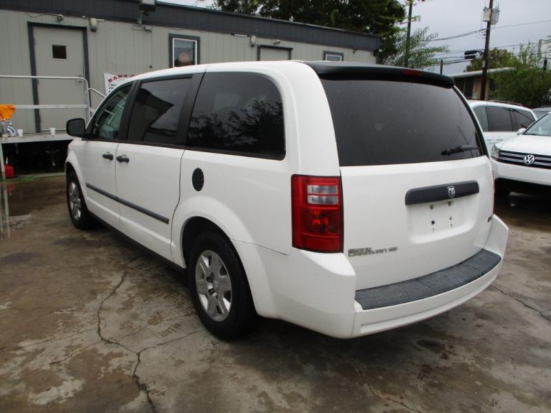 Dodge Grand Caravan 2008 price $3,800