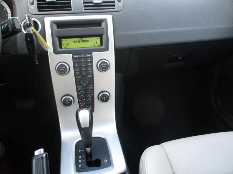 Volvo C70 2011 price $5,600