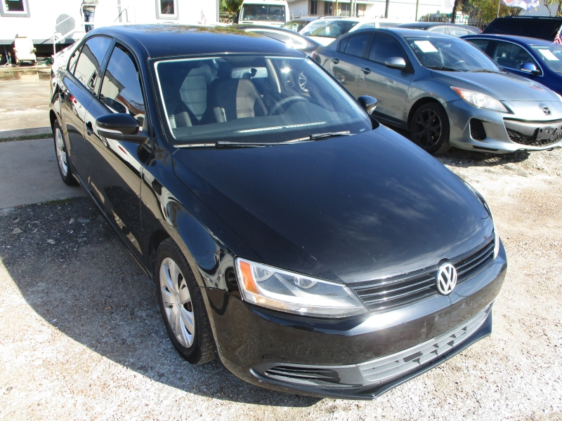 Volkswagen Jetta Sedan 2011 price $4,900