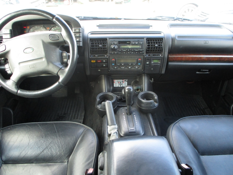 Land Rover Discovery 2003 price $2,900