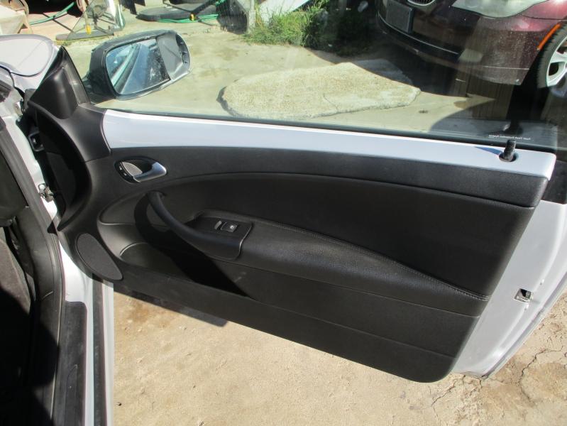 Saab 9-3 2010 price $3,900